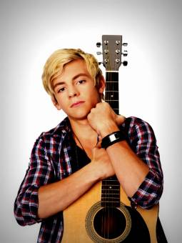 ross lynch aoustin