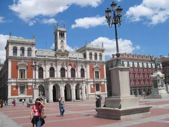Yo voy al concierto y me vuelvo a Valladolid, si quereis aqui tomamos algo
