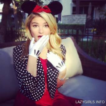 stefanie scott (mini mouse)