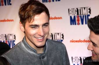 "Kendall Schmidt en la premier de la pelicula de Big Time Rush ""Big Time Movie"""