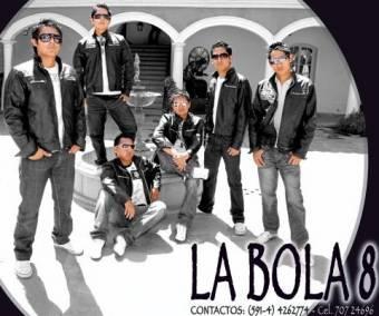 BOLA 8 (ALVARO VALENZUELA)