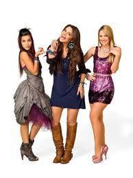 Mia, Grachi y Matilda