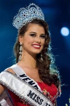 Stefania Fernandez Miss Universo 2009
