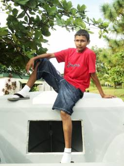 Jonathan Rosales Ballestero III A (15 años)