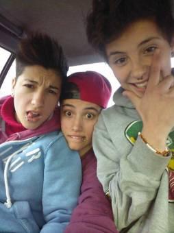 Feer , Valen y Pao ♥
