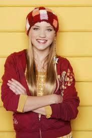 Emily Osment (Lili)