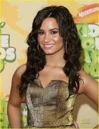 Demi Lovato :  Rizado