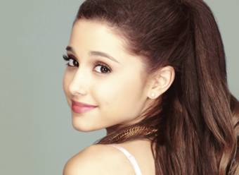 Ariana Grande (Cat)