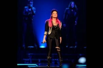 By:Grupo Lovatics fans de Lovato♥