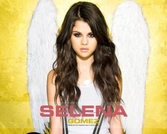 SELLY HERMOSA