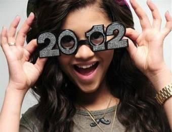 ohhhhh zerdana los tiene en el 2012! solo una tonta diria que china la copio ¿que año viene primero?